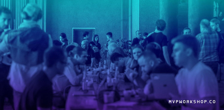 People chatting at Berlin Hackaton